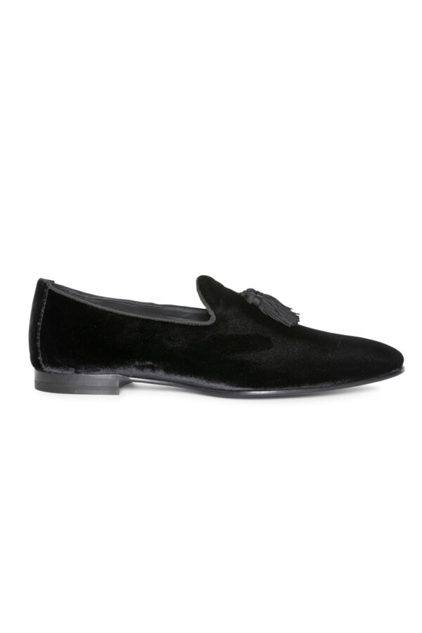 Remo Velvet Tassled Loafer Black